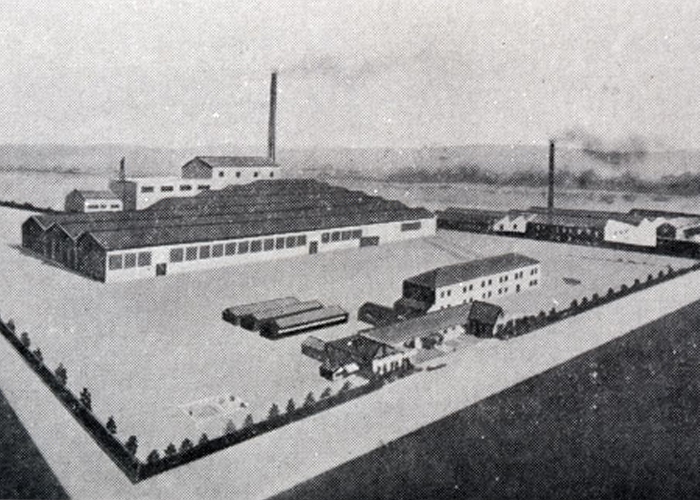 Construction of the company's first production facility, the Hiranuma Plant, was completed in Hiranuma-cho, Yokohama. (1920)