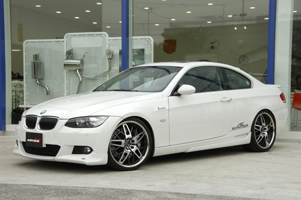 BMW 335i [E92] 2006y / ADVENT [DEMO-CAR]