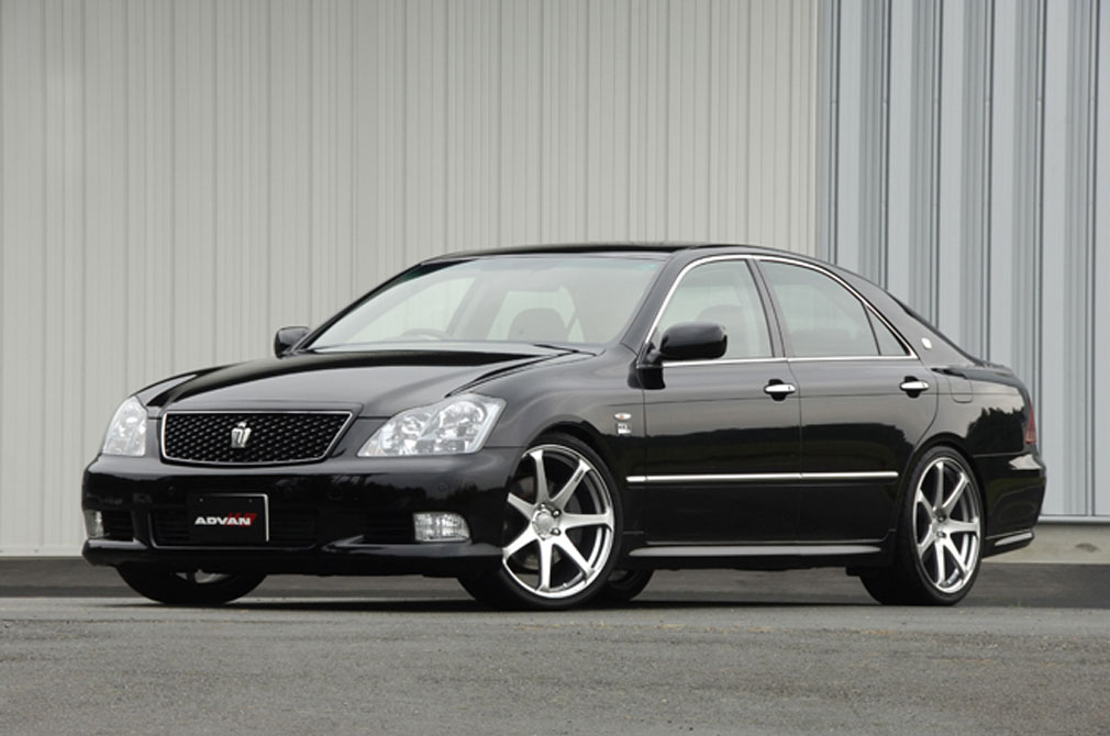TOYOTA CROWN ATHLETE [GRS184] 2008y / HKS [DEMO-CAR]
