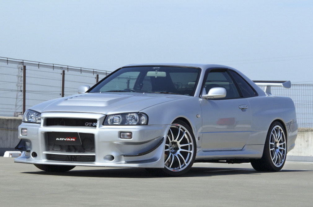 NISSAN SKYLINE GT-R V-SPEC [BNR34] 1999y / MCR [SHOP DEMO-CAR]