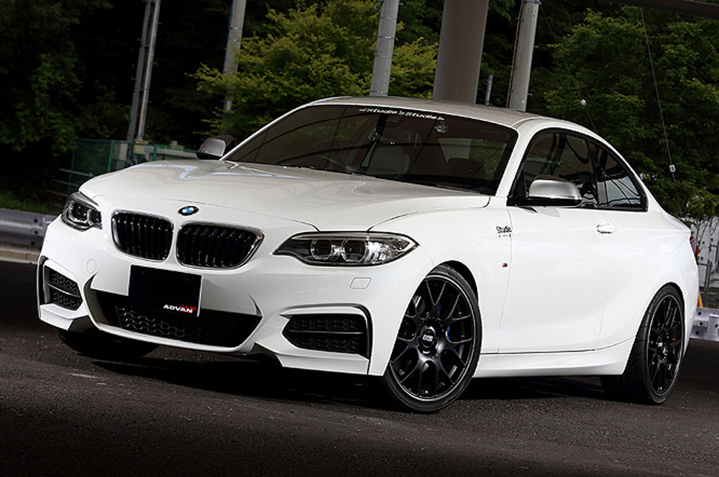 BMW M235i [F22] 2014y / studie東京 [SHOP DEMO-CAR]