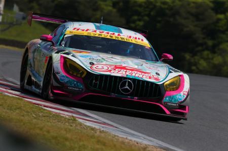 <SUPER GT/GT300>GOODSMILE RACING & TeamUKYOの「グッドスマイル 初音ミクAMG」(2017年)