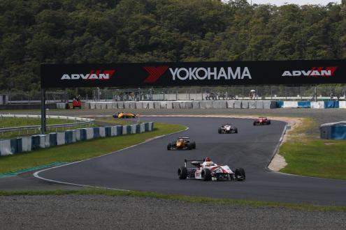 2016年岡山国際サーキットでのレースの様子