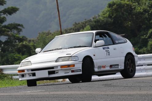 全日本ジムカーナ選手権SA1クラスで 2016年シリーズチャンピオンとなった若林隼人選手のCR-X